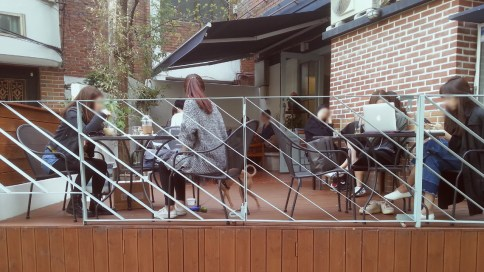 Fat Cat's Outdoor Seating