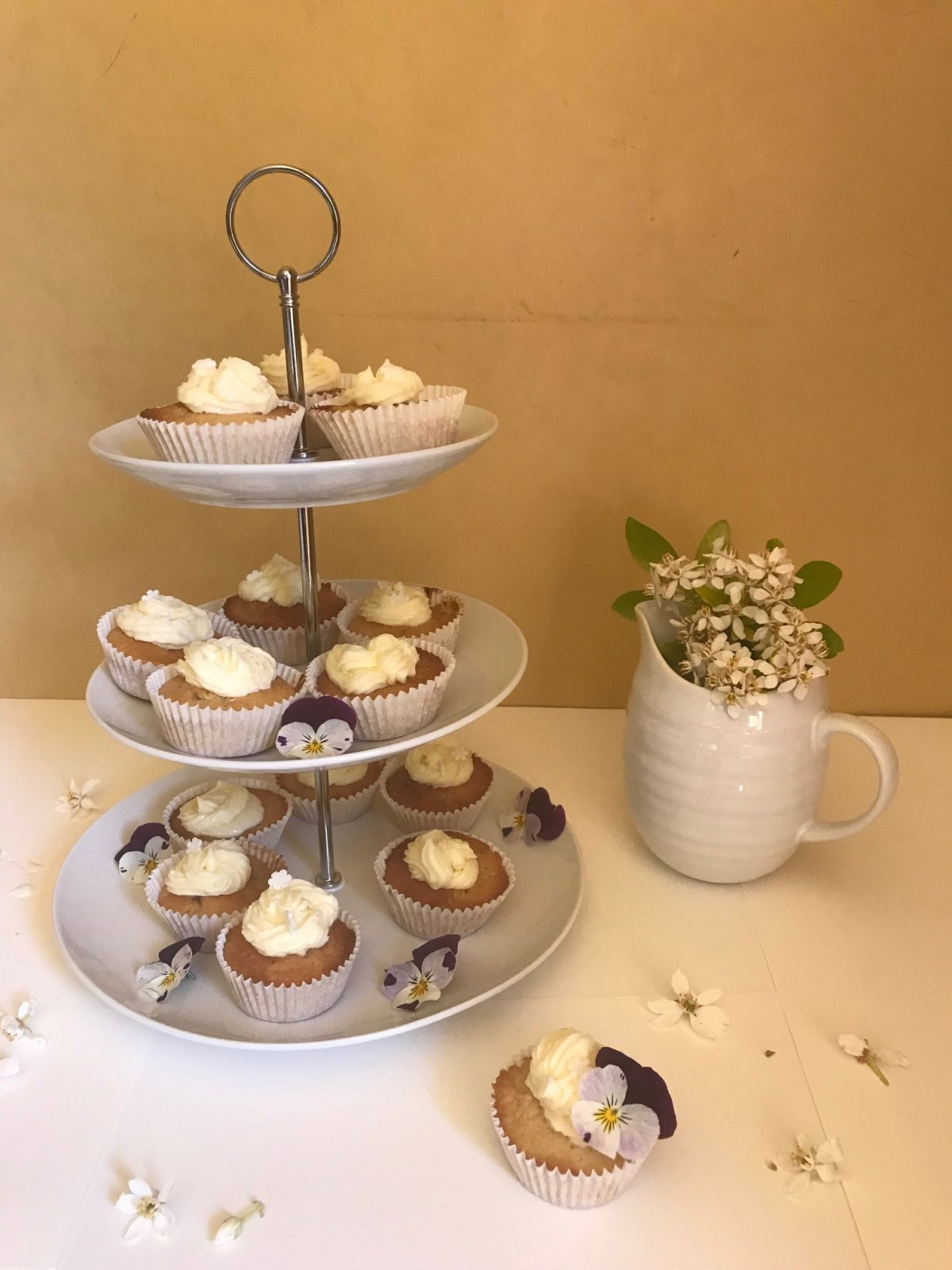 Elderflower and Lemon Cupcakes