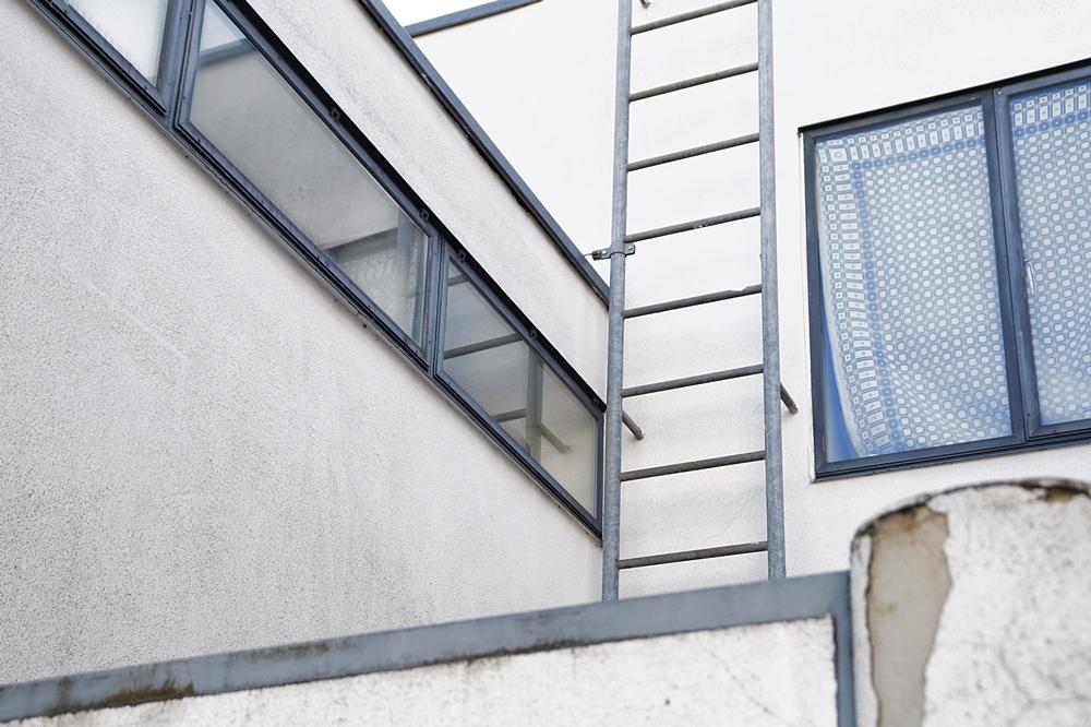 Neues Bauen: Die Weißenhofsiedlung in Stuttgart von 1927. Reihenhäuser von Pieter Oud. Architektur, Kunst und Design - Tasteboykott Blog.