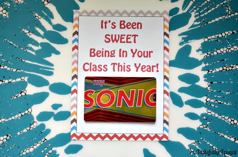 Let Your Teacher Pick Out Their Own Sweet Treat with these Gift Card Holder |Tastefully Frugal
