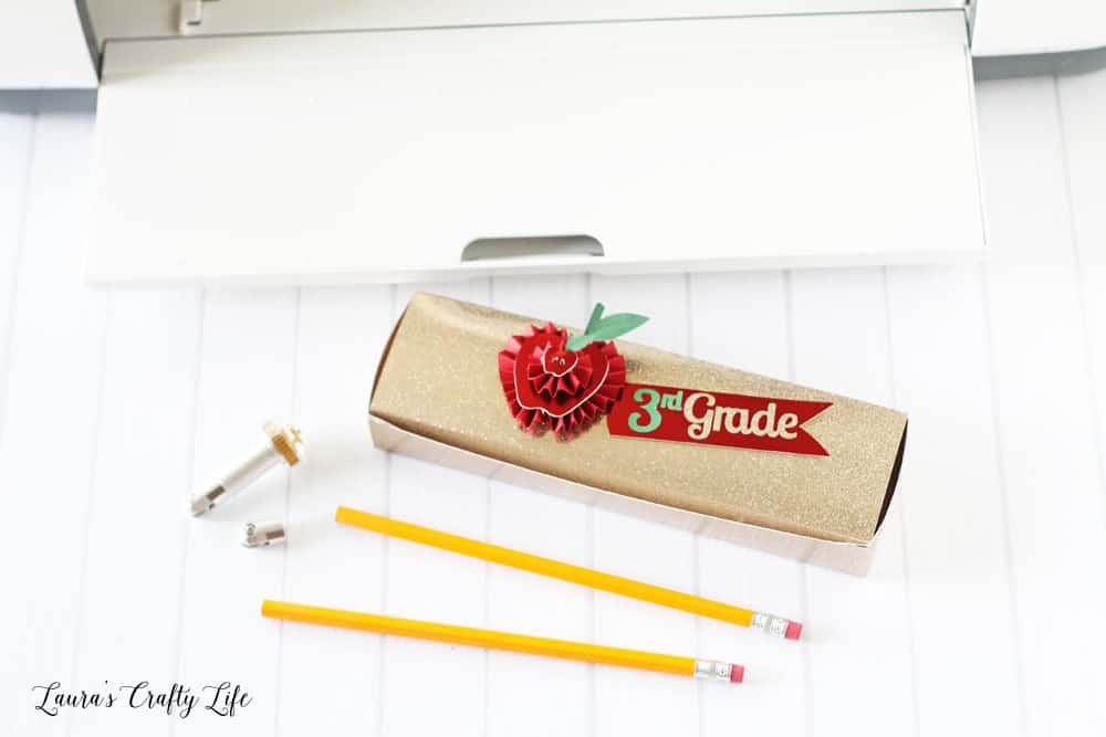 10 Quick and Easy Crafts for students and teachers!