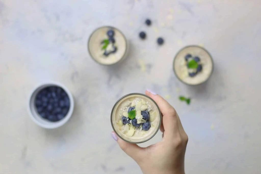 Quinoa pudding with vanilla, coconut milk and fresh berries. [VeGaN]