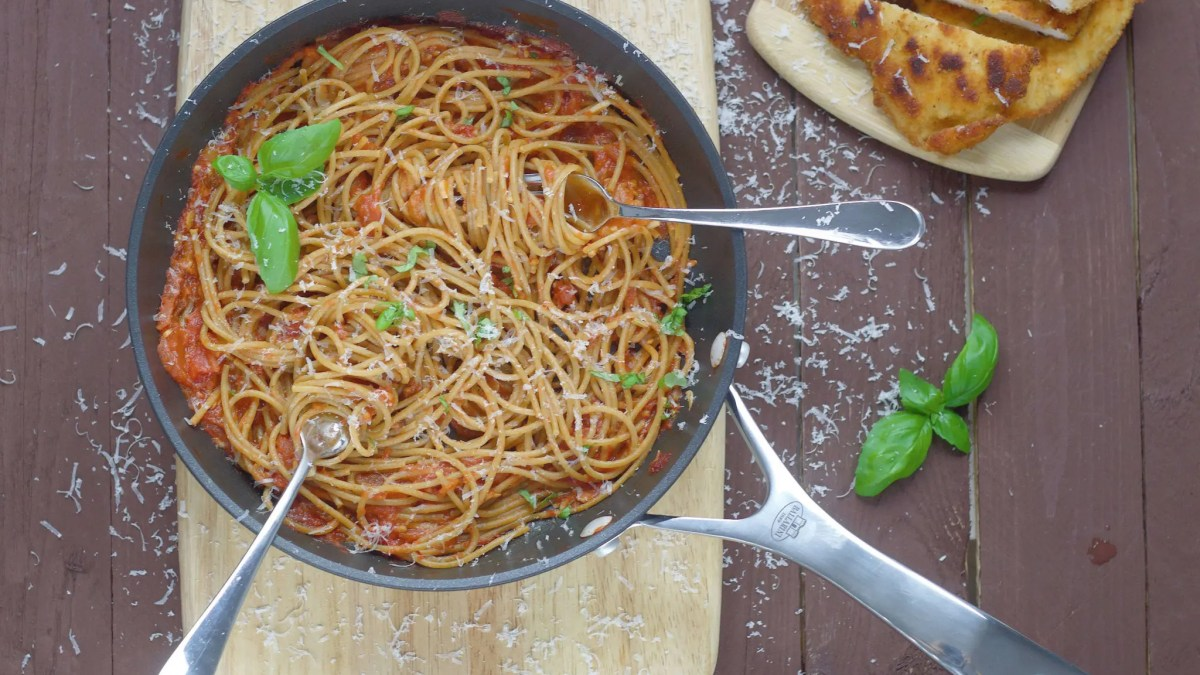 Chicken Milanese with spaghetti and tomato sauce