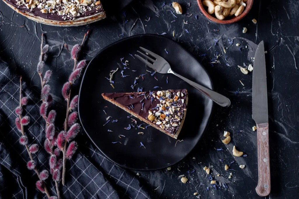 Pischinger cake with chocolate filling - an authentic Polish dessert. 1