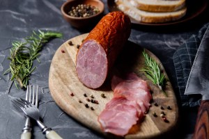 Cracow sausage (kielbasa Krakowska) - an authentic Polish recipe. 3