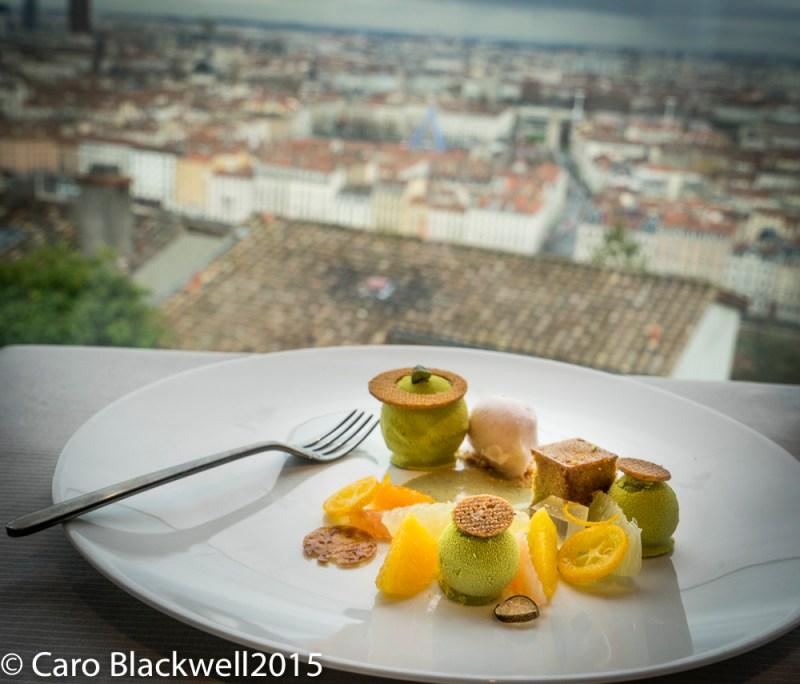 Dessert - Pistache & Agrumes, sablé amande, cremeux pistache, supreme d'agrumes & sorbet pamplemousse vanille