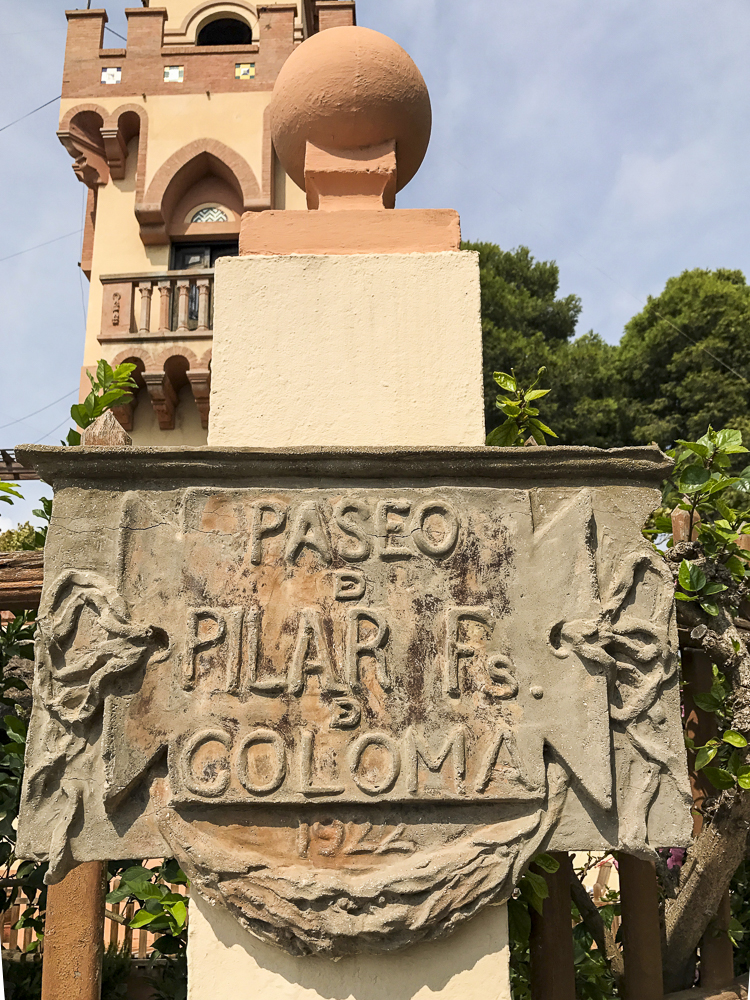 The old sign on the promenade at Benicassim