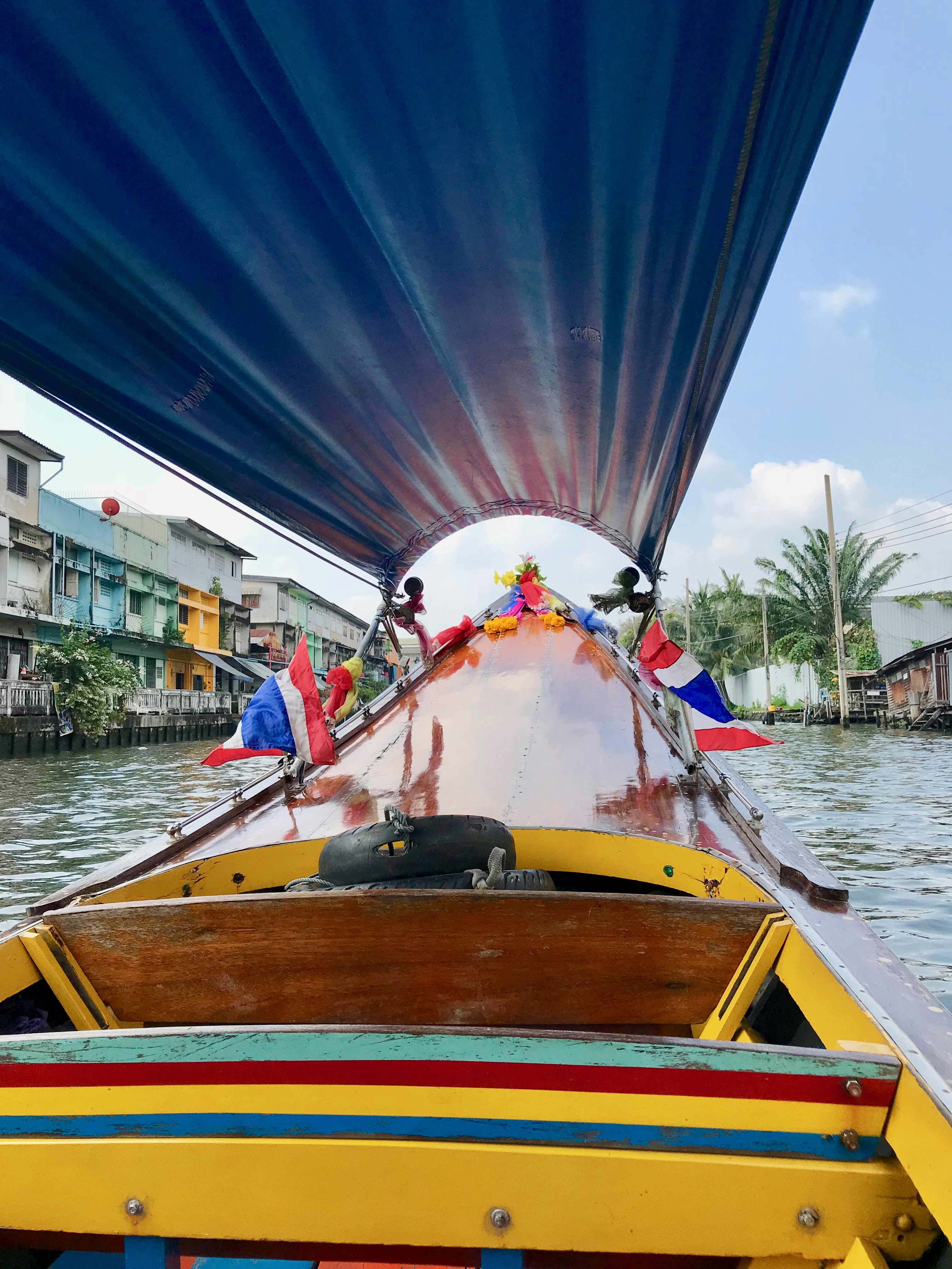 A ride on a Longtail Boat through the Thonburi Canals
