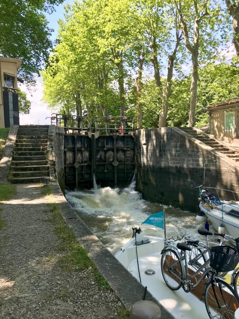 In the lock of St. Roch