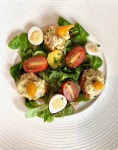 Salad with croutons and rilletes of lapin (rabbit) review by Taste of Savoie