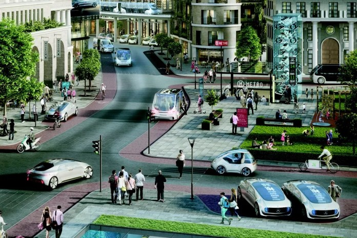 Daimler Bosch selfdrivig automobili na ulicama