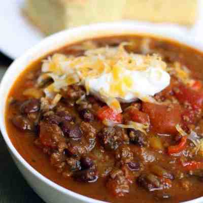 Pumpkin and Black Bean Chili {Slow Cooker}