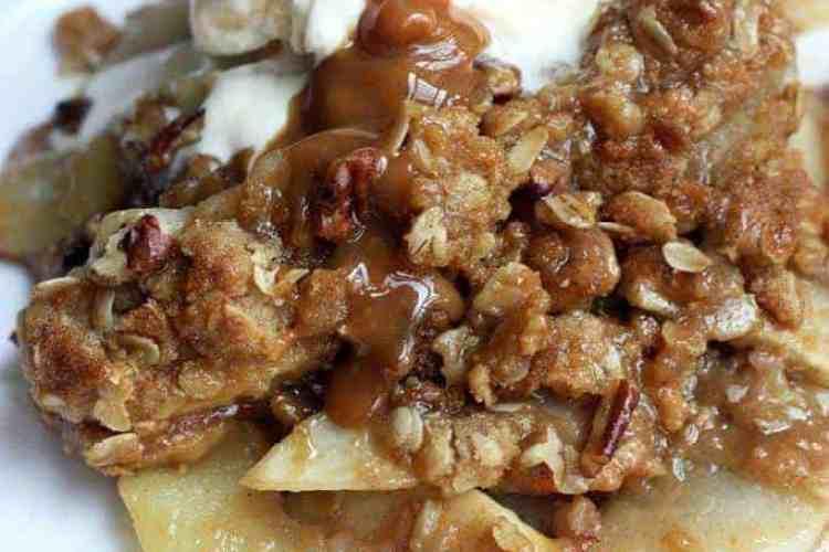 Caramel Pecan Apple Crisp