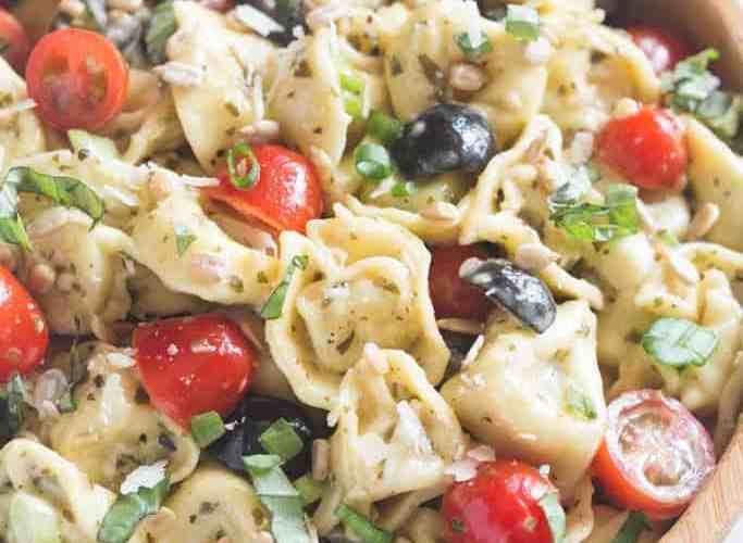 Creamy Pesto Tortellini Pasta Salad