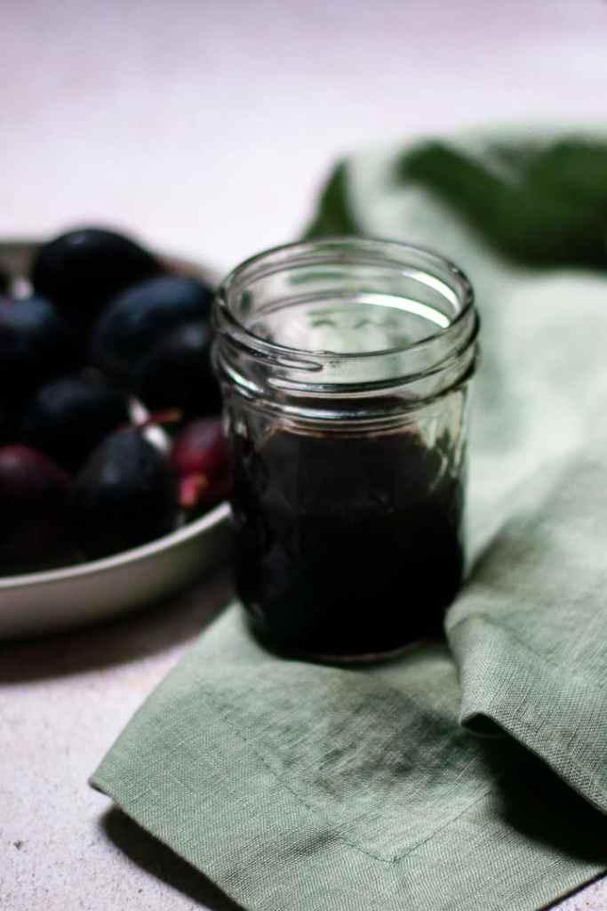 Fresh fig syrup
