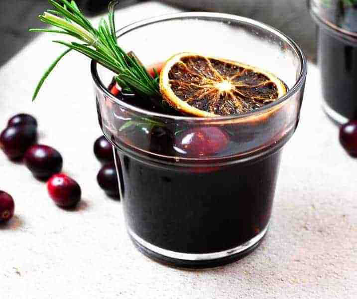 Easy Winter Cranberry Mulled Wine Recipe
