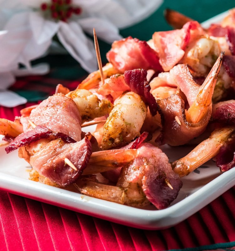 Chipotle Lime Bacon-Wrapped Shrimp - Tasty Low Carb