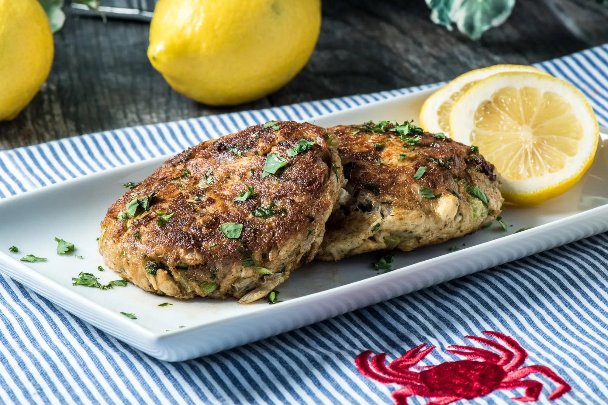 Low Carb Crab Cakes - Tasty Low Carb