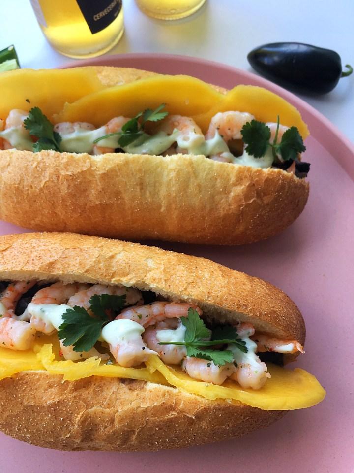 Mexicaans Garnalen Broodje met Jalapeño mayonaise