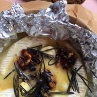 Camembert van de BBQ met Witte Wijn