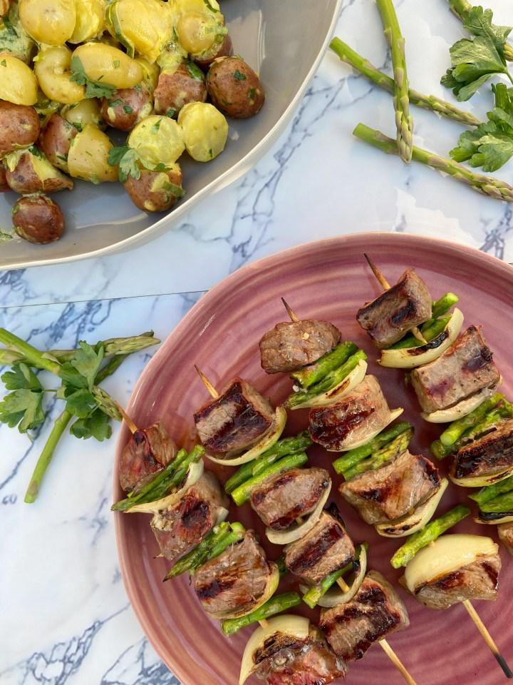 Biefstuk BBQ spies met asperge