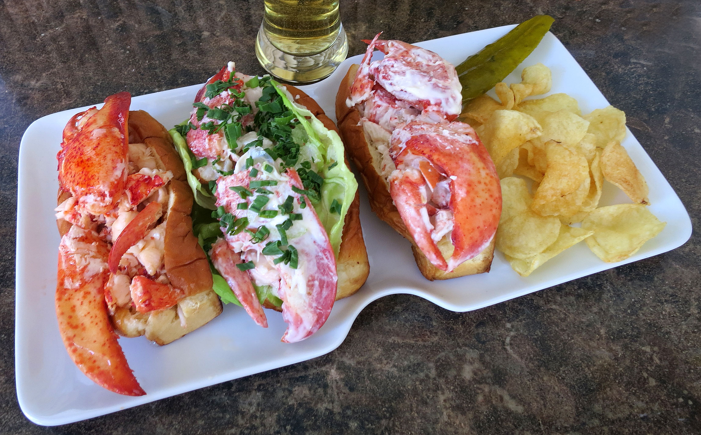 Lobster Rolls 103 Connecticut New England And Maine Style Tasty Island