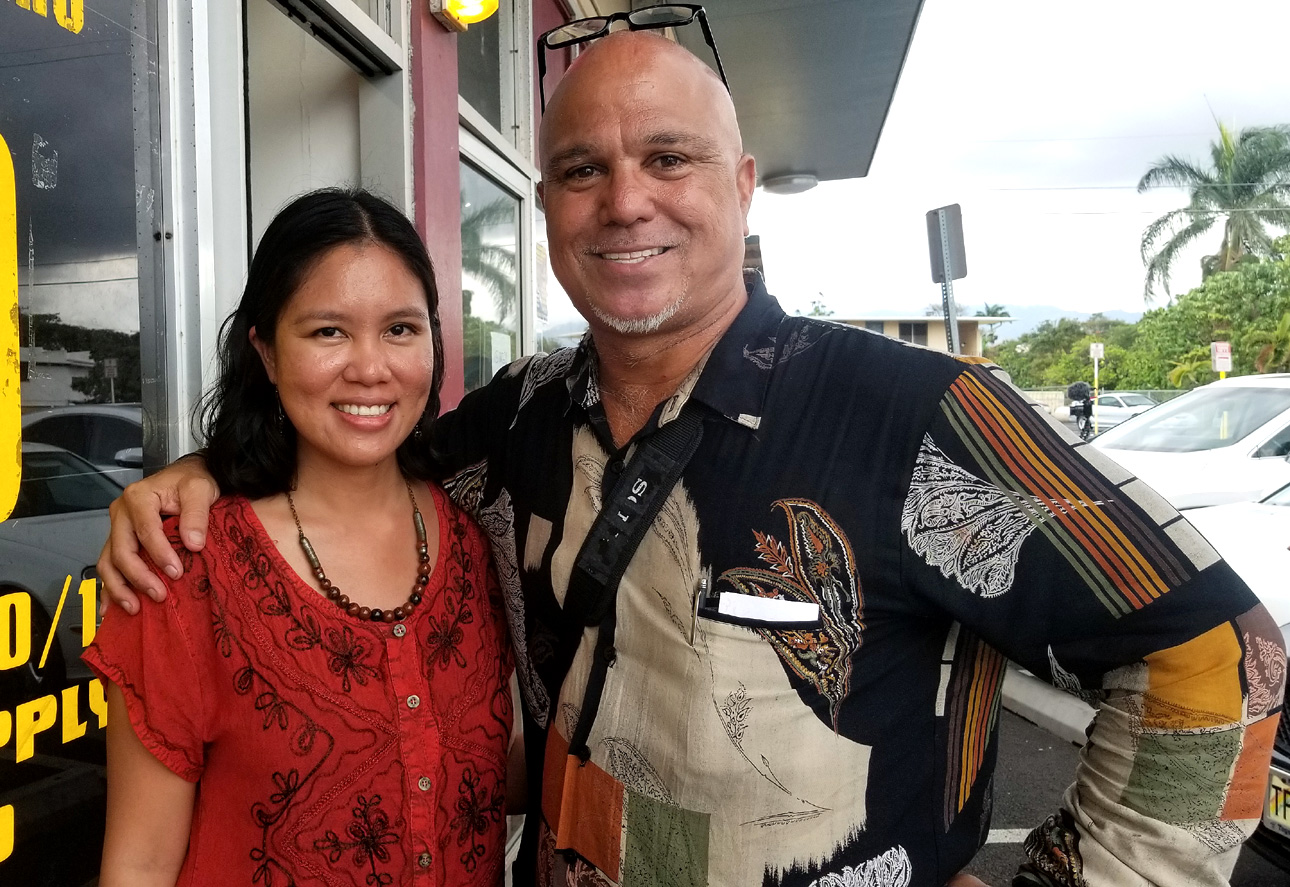 Pomai with Andrea Caymo, Vice Consul of the Philippine Consulate General in Honolulu