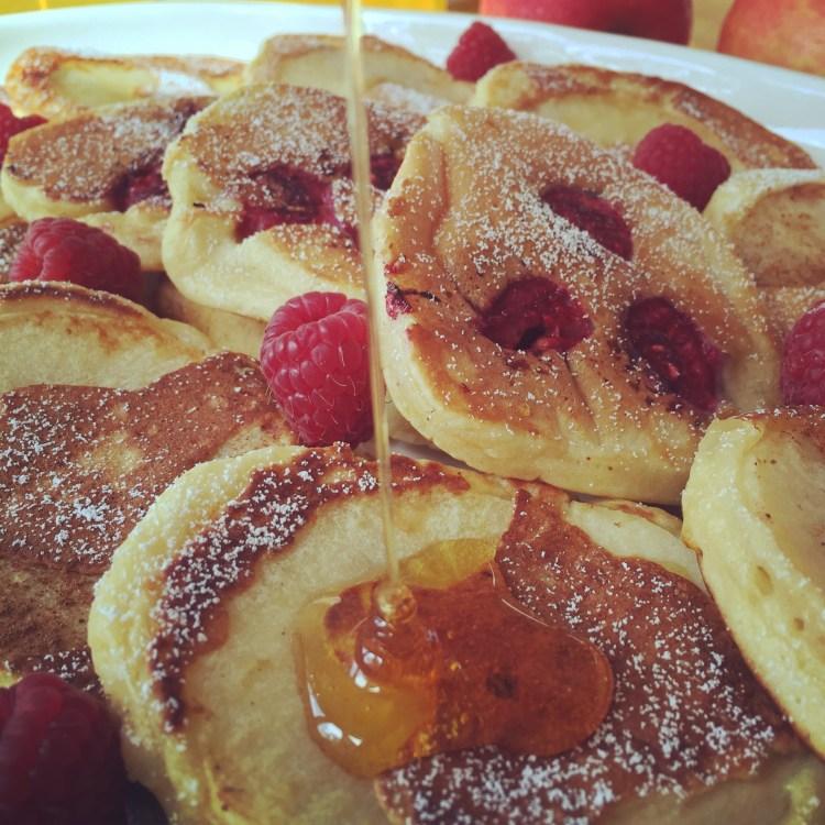 Fluffige Joghurt-Apfel Pancakes