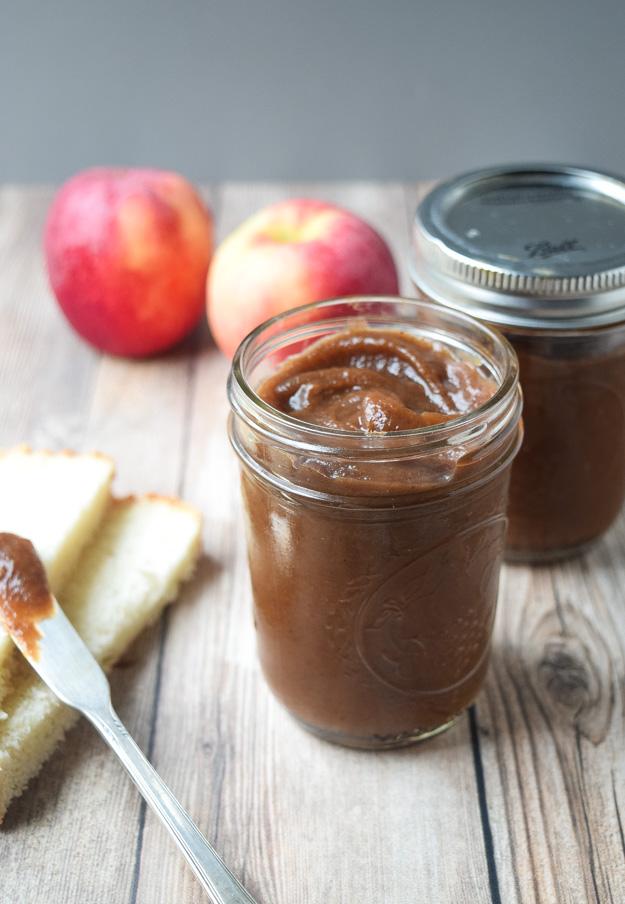 slow cooker apple butter in mason jar