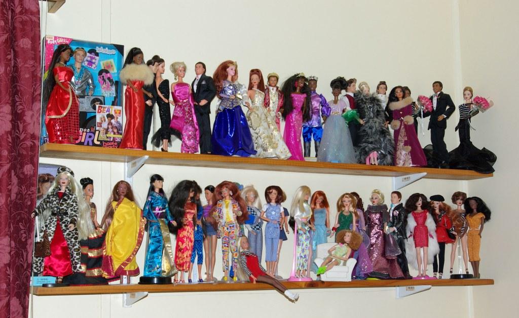 Cee's Fun Foto Challenge: Teddy Bears, Dolls, Toys