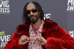 Rapper Snoop Dogg's Life to be Made into a Play