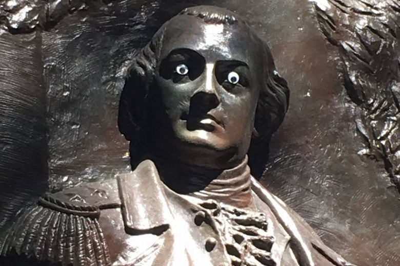 US Authorities Looking for Person Responsible for Putting Googly Eyes on Statue