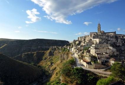 1032717-sextantio-le-grotte-della-civita-basilicata-hotels-italy