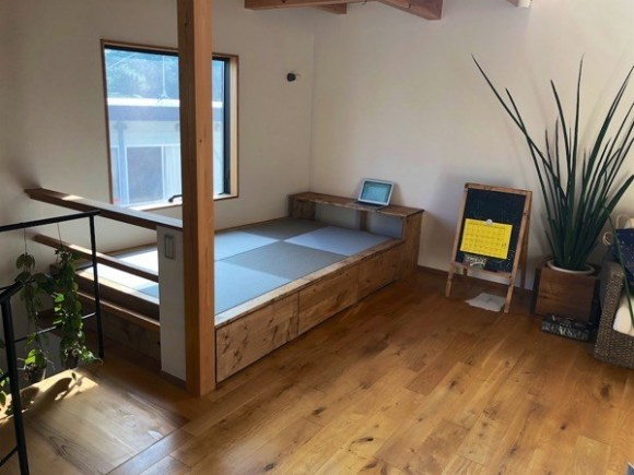 Tatami space made by DIY 4