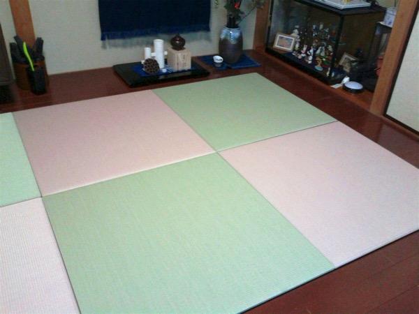 畳を設置する後