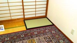 お仏壇を置くために購入しました。