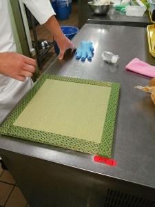 結婚式場内、料亭での料理演出に畳をご使用いただいてます