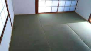畳職人よる出張(採寸・畳の敷き込み)の畳工事も承ります。
