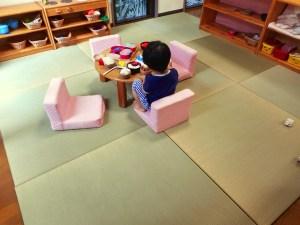 保育園の子ども達のため床暖房に対応した国産イ草の置き畳を9枚製作
