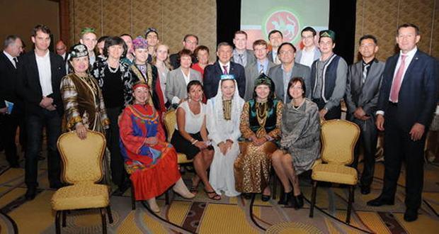Рустам Минниханов встретился с соотечественниками, проживающими в США и Канаде
