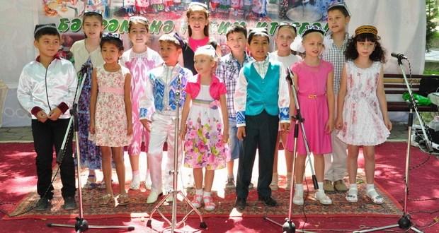 Яркие краски народного Сабантуя в Фергане