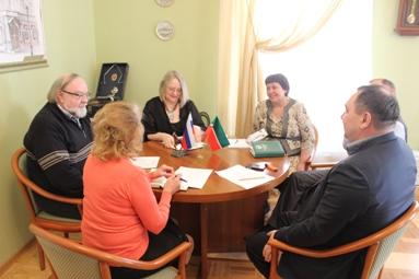 В Екатеринбурге планируется открыть курсы профессиональной переподготовки учителей татарского языка и литературы