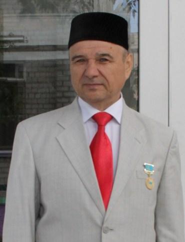 Габдулхак Ахунжанов с медалью 20 лет Ассамблеи народа Казахстана
