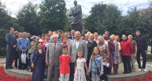 Tatar community of St. Petersburg paid tribute to the poet-warrior Musa Jalil