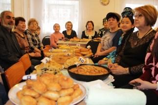 за татарским дастраханом чаевничала вся школа