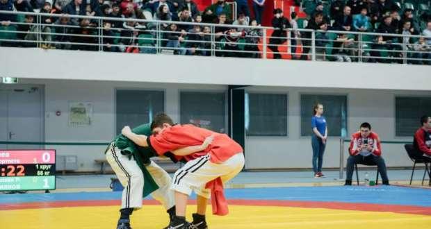 В Самарской области 13-14 апреля пройдет Турнир по борьбе имени Наиля Гареева