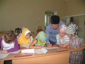 """Самараның """"Нур"""" мәдрәсәсе балаларны ислам негезләренә өйрәнергә чакыра"""