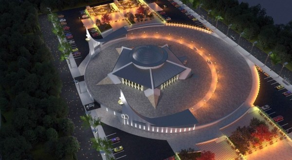 Mosque in the shape of a crescent appears in Turkey