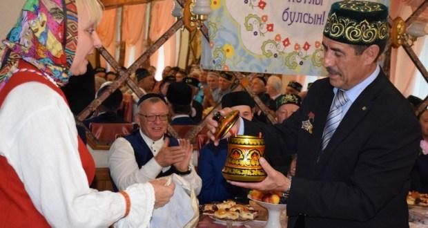Ингерманландцы в гостях у татар