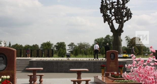 Беслан мәктәбендәге терактта һәлак булган татар укытучысын искә алдылар